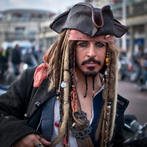 best costumes ideas with beards jack sparrow costume